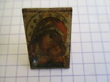 ICON VIRGIN MARY AND HER CHILD PIN BADGE RELIGION JESUS MARIE VINTAGE PINS us6