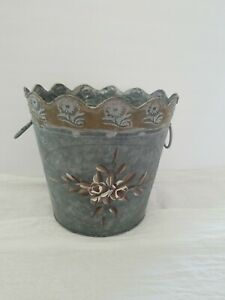 Metal Garden Decor Galvanized Bucket Flower Pot Planter Rustic Home Scalloped