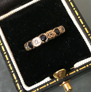 Women's Vintage 9ct Gold Diamond & Sapphire Ring Size J Weight 2.1g Stamped