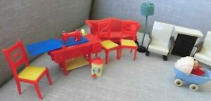VINTAGE used RENWAL Acme DOLLHOUSE doll furniture w/Sewing machine table 1940's