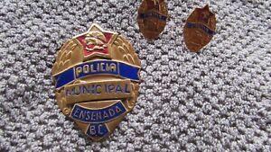 VERY COOL ANTIQUE OBSOLETE ENSENADA, B.V. MUNICIPAL POLICE BADGE W/ CUFFLINKS