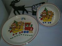 Mikasa Japan Teddy's Christmas 2 Piece Set Child Place Setting Plate Bowl