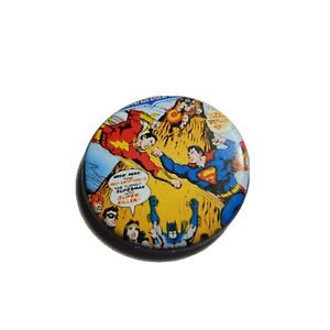 DC Comics Superman Vs Flash COLLECTOR PIN BUTTON 75 Years of Super Power