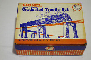 Lionel Graduated Trestle Set -- 22 pieces with all hardware