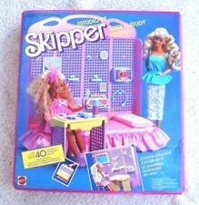 Ropa y accesorios de skipper para Barbies