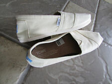 NEW TOMS CLASSIC CANVAS SHOES WOMENS 7 NATURAL CANVAS LOAFERS TOM'S  FREE SHIP!