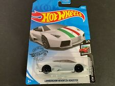 Hot Wheels Lamborghini Reventon Roadster 18/250 1/64
