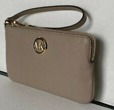 New Michael Kors Fulton Large top zip wristlet Leather Truffle
