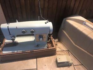 wards signature sewing machine J265 B Rare Blue Japan