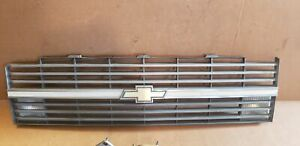 1983-1984 Chevrolet C10 K10 C20 Square Body Truck Front Grille OEM