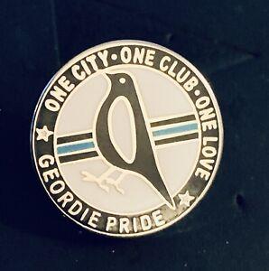 Newcastle United Pin Badge