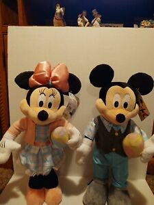 Disney Mickey And Minnie Easter Door Greeters New!