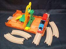 Thomas & Friends Trackmaster Take Along Quarry + Extra Track & Thomas