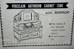 Dollhouse Miniature Porcelain Bathroom Sink Cabinet with Mirror