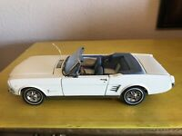 1966 FORD MUSTANG CONVERTIBLE 1/24 DANBURY MINT PRECISION DIECAST USED
