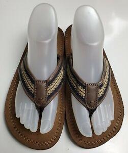 Wonder Nation Boy's Brown Flip Flop Sandals Size XL 5/6