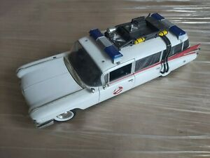 GHOSTBUSTERS ECTO 1 ERTL DIECAST METAL MODEL CAR ***INCOMPLETE. - FAST/FREE POST