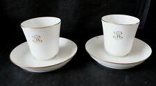 2 tasses et sous-tasses porcelaine de SEVRES 1906 modèle PEYRE