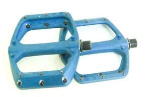 Spank MTB Flat 9/16 Platform Pedals Bike Blue Alloy Sealed New Blem