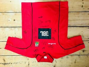Barnet FC Football Shirt Size Small Red with 15+ autographs