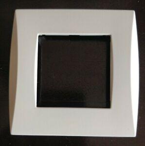 SCHNEIDER ALOMBARD ALB81000   Plaque ALVAIS simple Design Blanc - très bon état