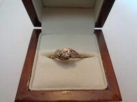 9ct yellow gold diamond trilogy ring size P 1/2