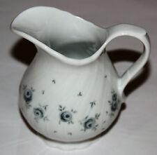Seltmann Weiden Regina grau/blaue Rosen Dekor 26937 Milchkännchen, Porzellan