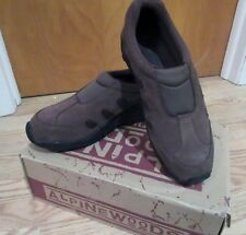 Mens Comfort Mocs by Alpin Woods Size 10 Brown
