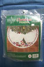 Bucilla Teddy Bears felt Christmas tree skirt kit NIP