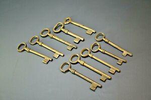 Antique Vintage Skeleton Key Lock Jail Cellar Door Lot of 10 Brass Keys Barrel