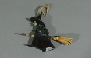 JIM SHORES HALLOWEEN WITCH ON BROOM ORNAMENT