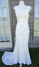 BEAUTIFUL CLAIRE PETTIBONE WEDDING DRESS SIZE 10