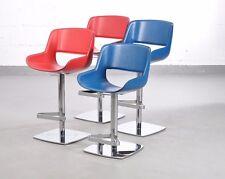 Enrico Pellizzoni   4x Barhocker Mod. Amaranta, Leder blau & rot, Gestell chrom