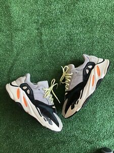 adidas Yeezy Boost 700 V1 Wave Runner 2017- Size 9.5