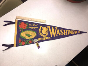 1960 Rose Bowl Pennant Washinton Huskies With 1960 Pinback From The Game