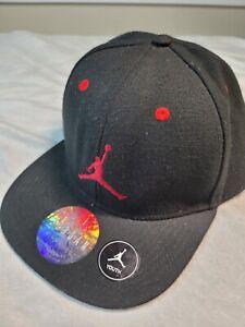 NIKE Youth AIR JORDAN Jumpman SNAP BACK CAP Black Red. JordanTrue