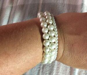 Betsey Johnson Pearl Stretch Bracelets (3)