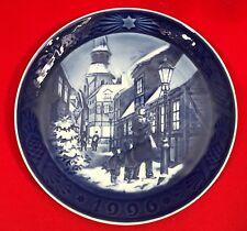 Royal Copenhagen Christmas Plate, 1996, Lighting the Street Lamps, Free Shipping