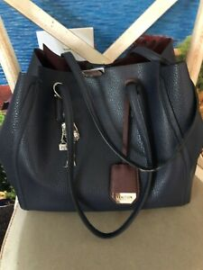 Kenneth Cole Reaction Tote Bag. Navy Blue Faux Leather Medium Size 28x33 + Charm