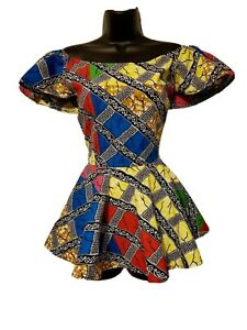 African Women Multicolor Blouse w/ Pockets. Top of Sleeve Stretches for Easy Fit