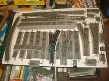 HO BACHMANN  LOT OF 31 PIECES OF EZ -  TRACK  ''USED''