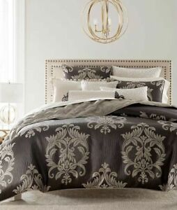 New Hotel Collection Classic Flourish Charcoal Taupe Full/Queen Duvet Cover Only