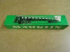 MARKLIN MÄRKLIN HO 4032 BOXED / D-ZUG-WAGEN / FAST TRAIN COACH WITH TAIL LIGHTS