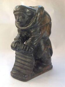 Vintage hand carved soapstone signed Inuit figurative sculpture - E9915 Inukjuak