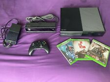 Microsoft Xbox One With KINECT, 1 Controller and 3 GAMES