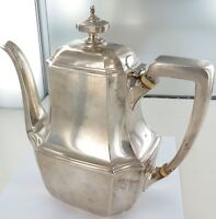 .c1912 RARE TIFFANY & Co STERLING SILVER HEAVY SET COFFEE POT. 828 GRAMS.