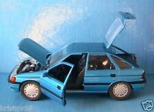 FORD ESCORT GHIA BERLINE 4 PORTES SCHABAK 1/24 BLUE METAL SCALE 1:24