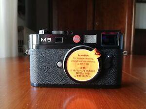 Fotocamera LEICA M9 corpo nero, con imballo e accessori, sensore sostituito