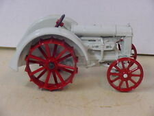 FORD FORDSON TRACTOR, 1/16, DIECAST