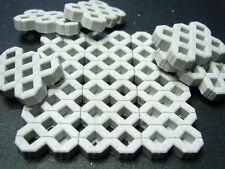 Juweela 1/35, 1/32 Grass Pavers - Grey (Ceramic) 100pcs